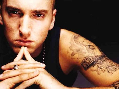 Eminem circonciso