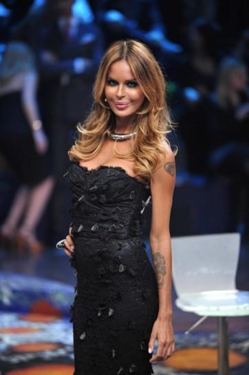 Nina Moric labbra rifatte_2