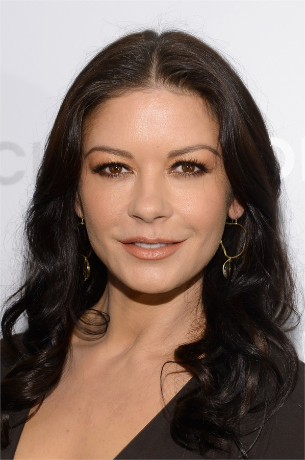 catherine-zeta-jones-rifatta-3